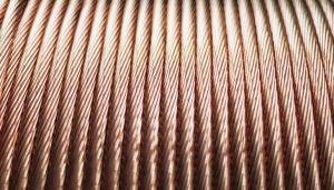 Corda de cobre: saiba como pode ser utilizada e principais diferenças com o fio
